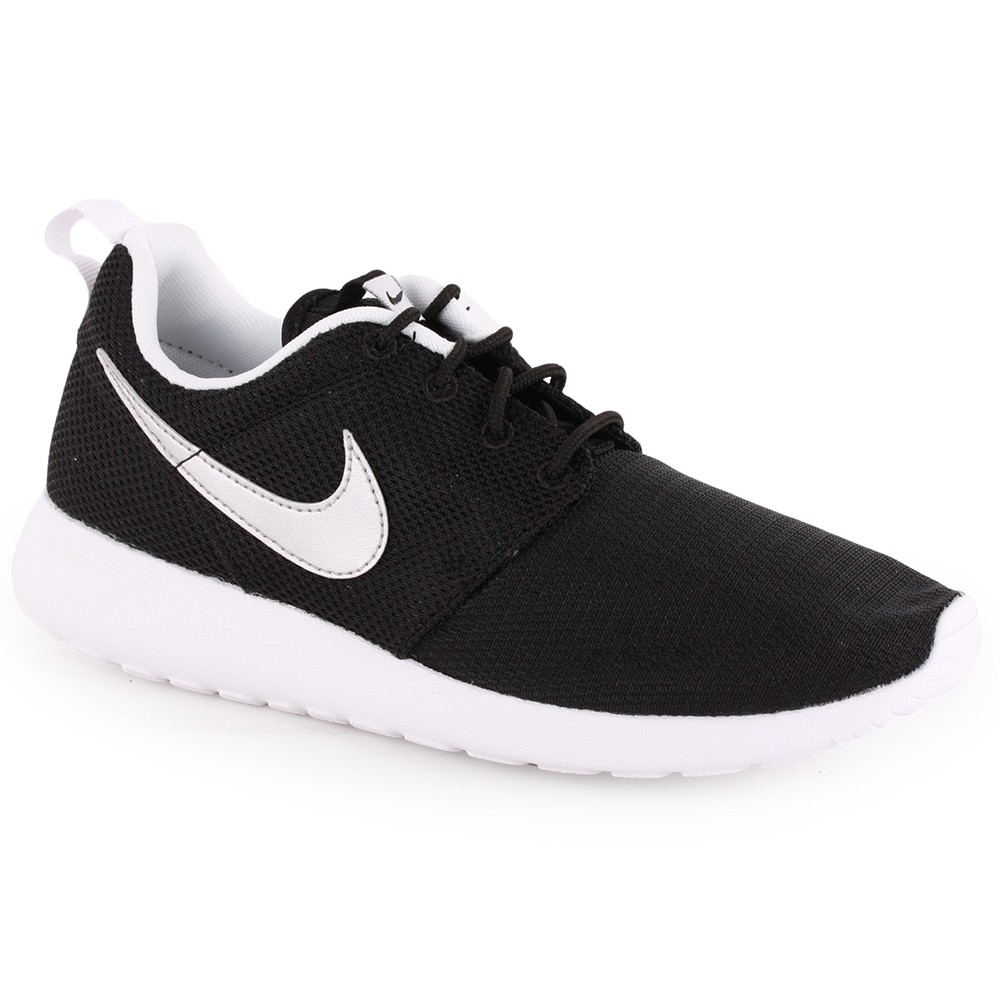 low priced 06a40 f6094 black and white nike trainers