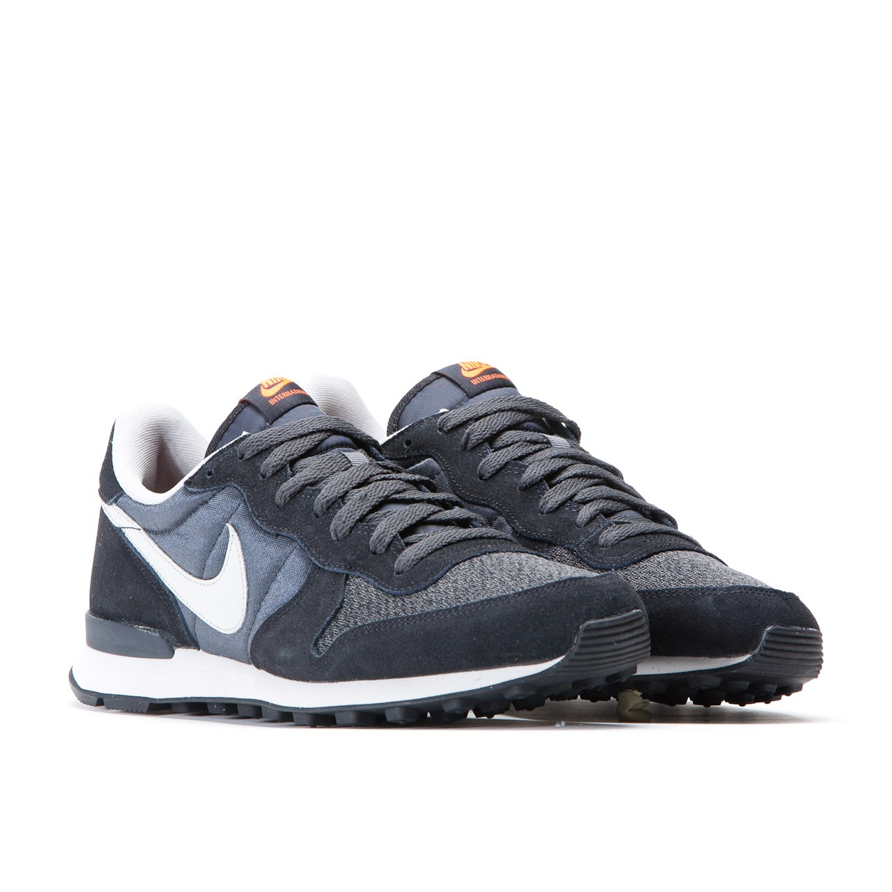 nike internationalist men