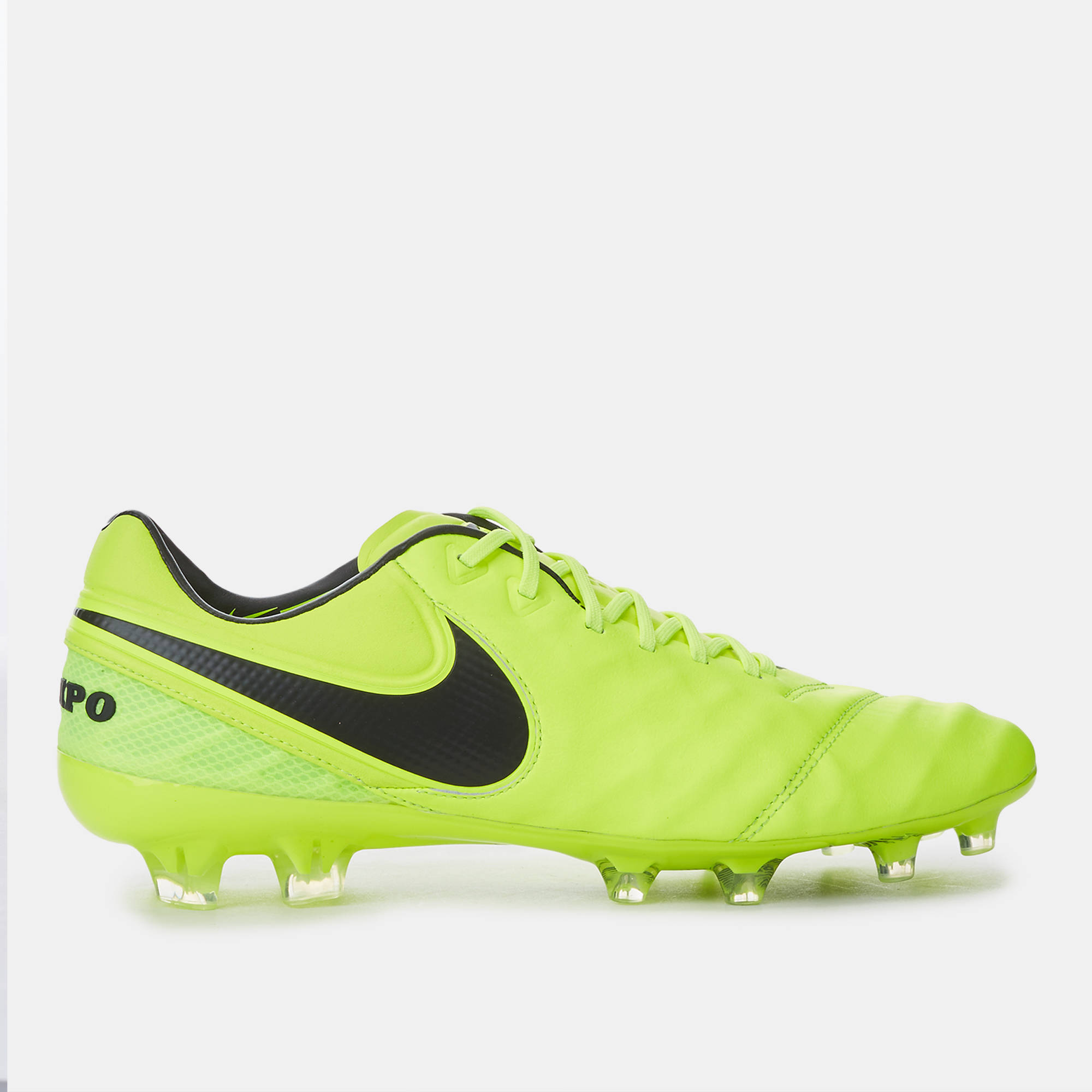super popular 8130d b46b8 Nike Tiempo Football Boots : Nike × Men and Women's shoes ...