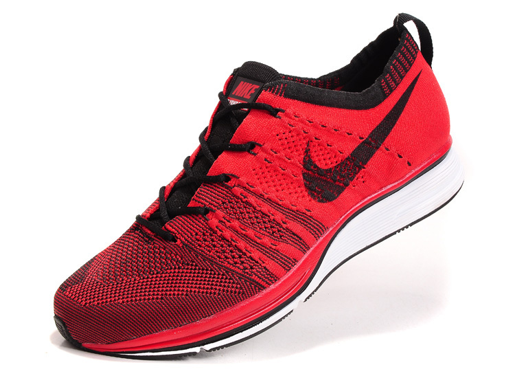 569df7d2328b9d Red Nike Trainers   Nike × Men and Women s shoes 2018 ...